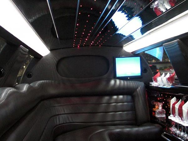10 passenger Lincoln Town car Limo interior