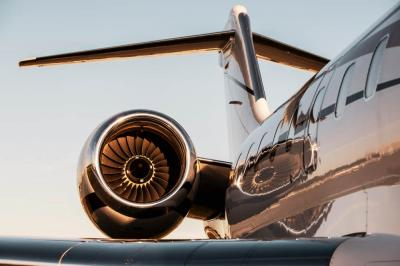 5 Reasons to Fly by Private Jet Charter
