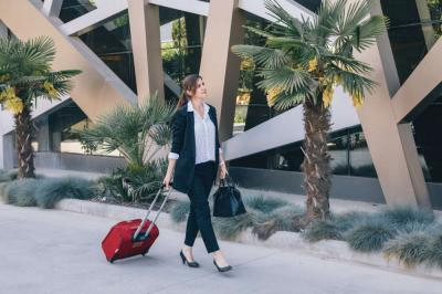 How to Survive Holiday Business Travel