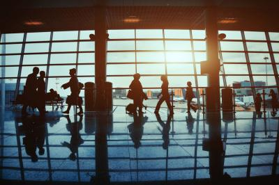 4 Tips for Making a Tight Transfer through a Busy Airport