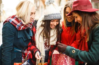 Show Your Appreciation This Holiday Season with These Amazing Tips